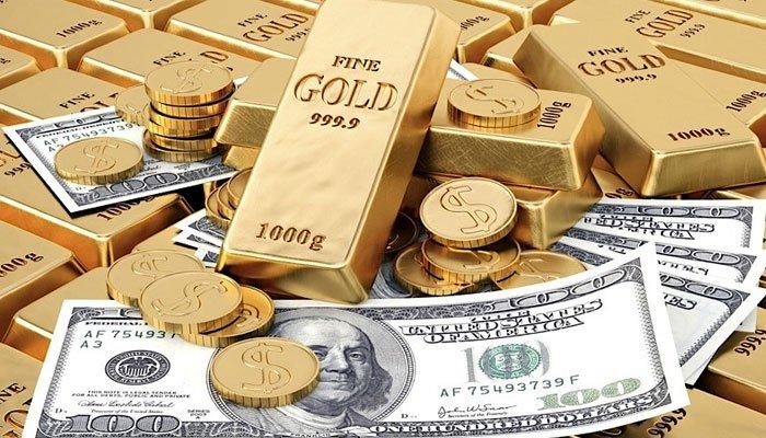 سونا تاریخ کی نئی بلندیوں پر پہنچ گیا، ڈالر سستا