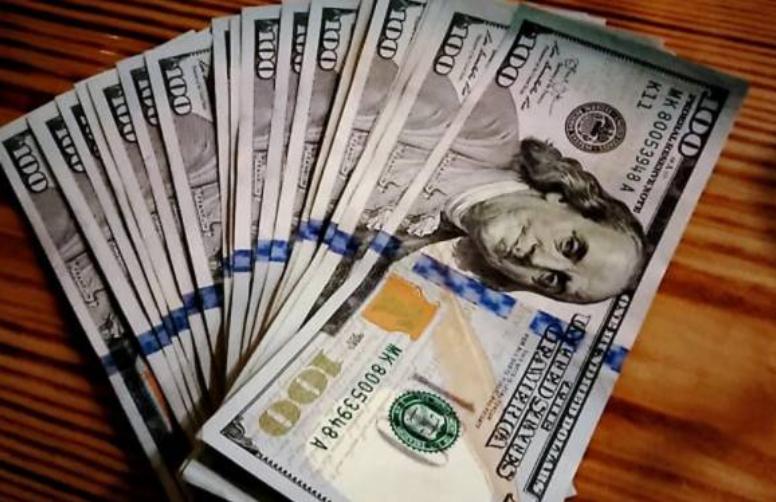 انٹر بینک اور اوپن مارکیٹ میں ڈالر مزید سستا ہو گیا