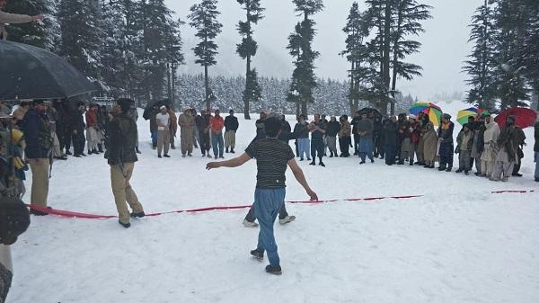 برف پر کبڈی،کالام میں منعقد منفرد مقابلے کب شروع ہونگے؟آپ بھی جانیں