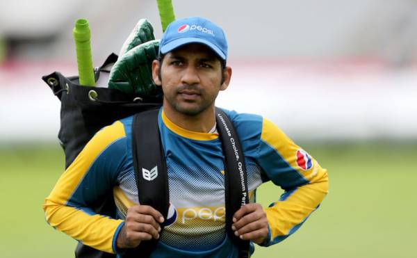 All the players and officials of Sindh cricket team including Sarfraz Ahmed were tested for corona virus. What was the result / Dharti News